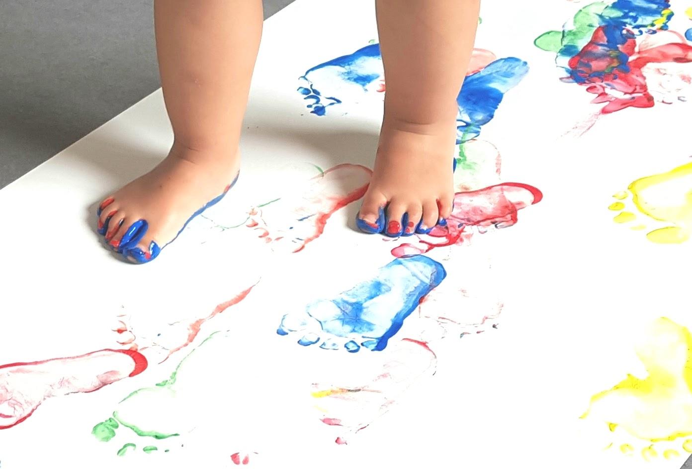 Atleir peinture aux pieds à la MAM