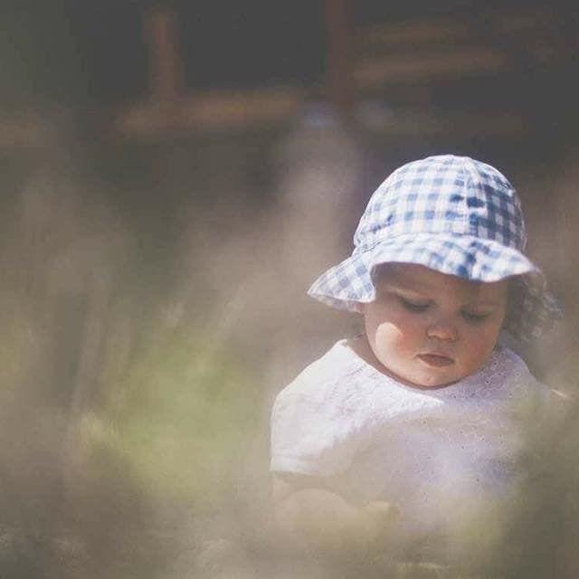 Bébé dans la nature