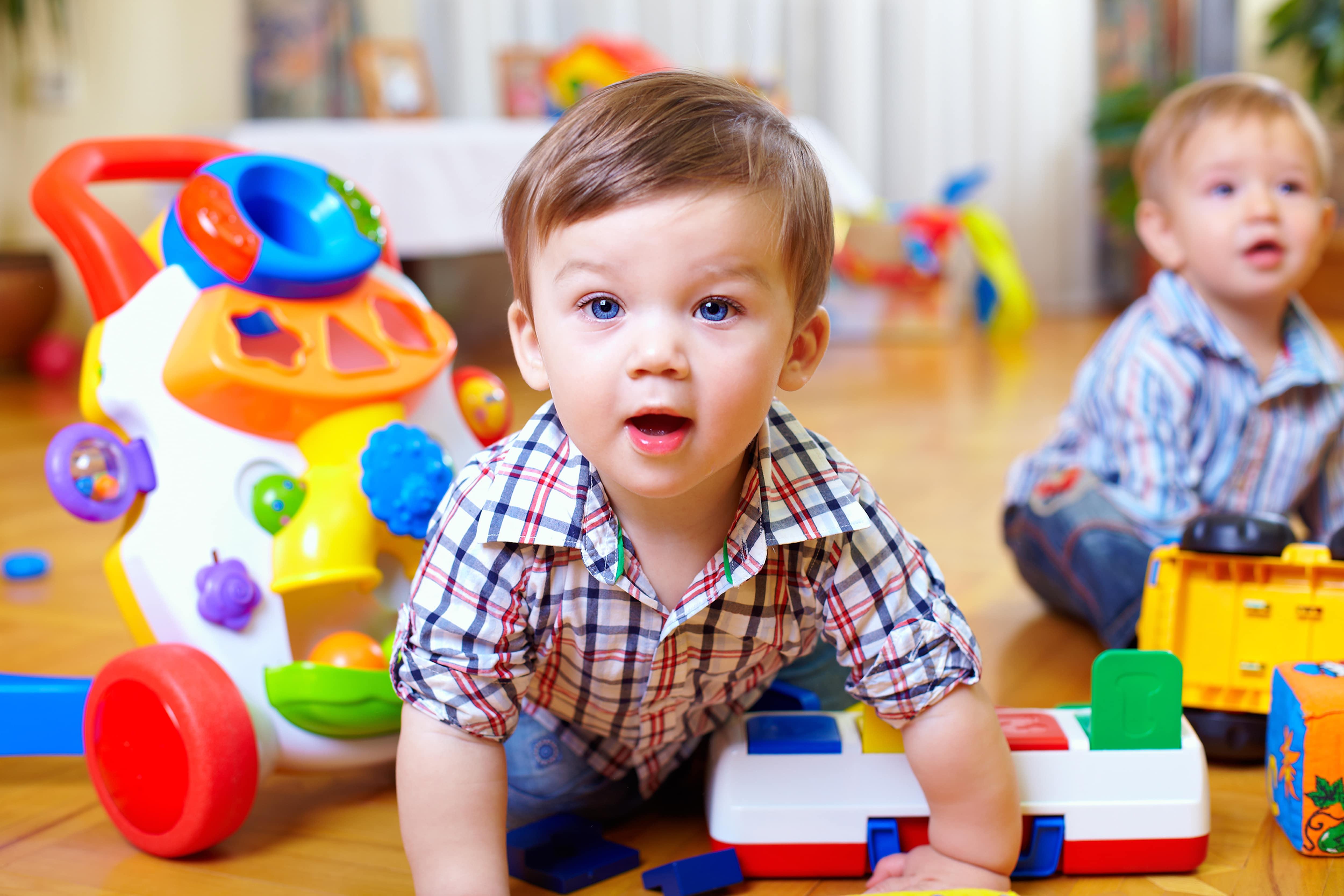 Enfant jeu
