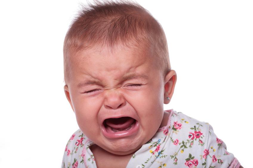 bebe qui pleure