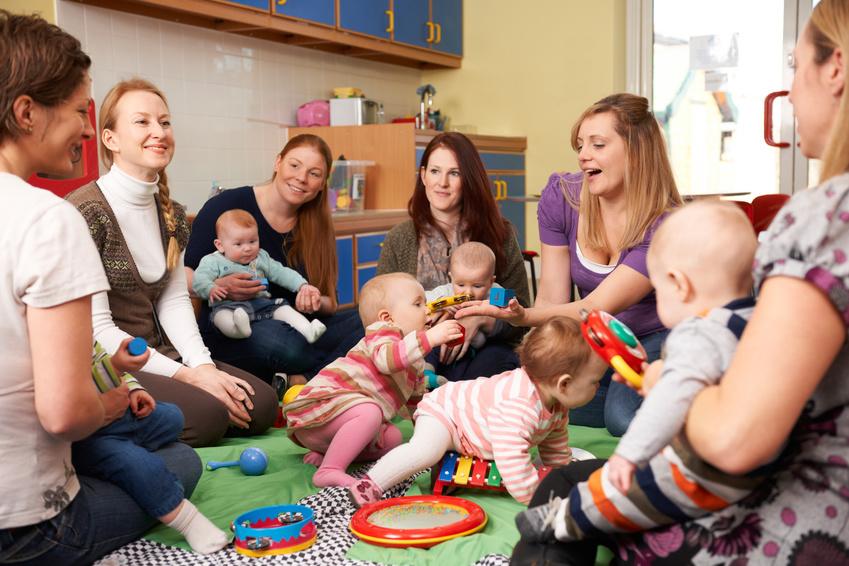 reunion parents professionnels de crèche
