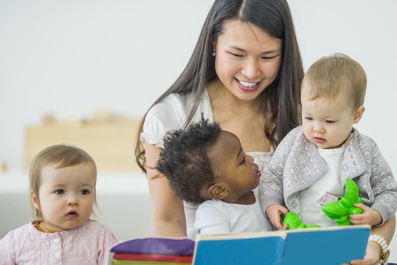 assistante maternelle et bébés