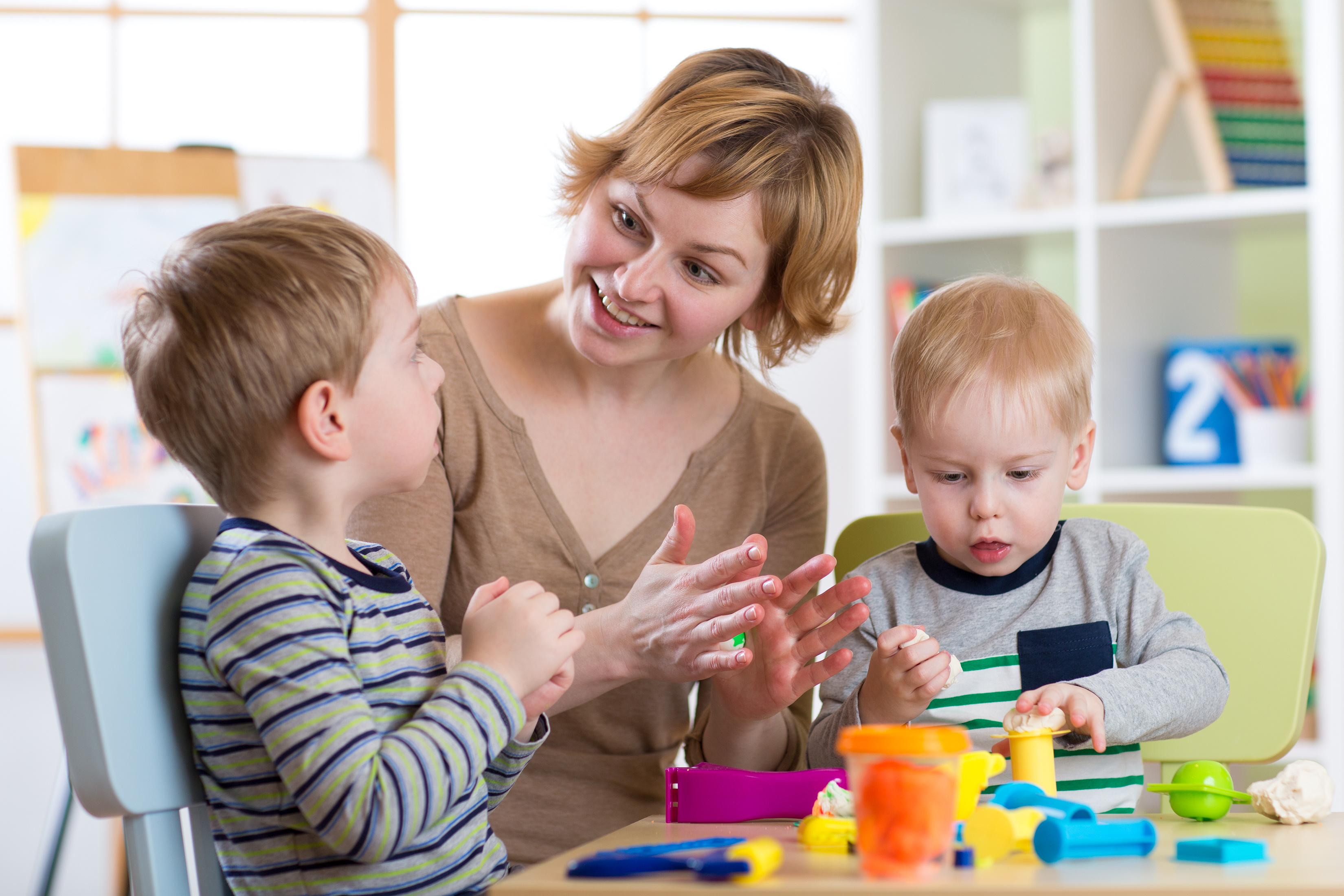 professionnelle avec deux enfants