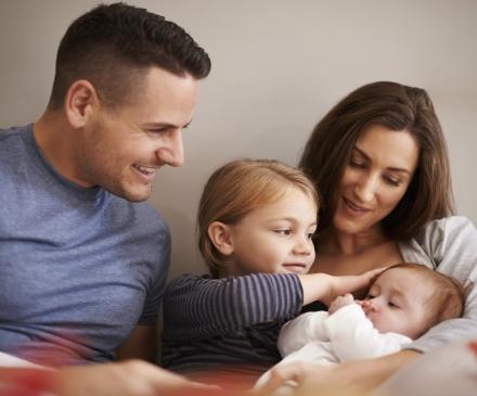 Bébé avec sa famille