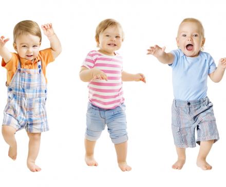 bébés courent