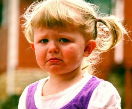 petite fille colère