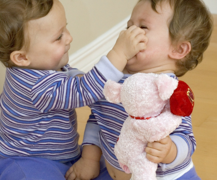 dispute bébés crèche