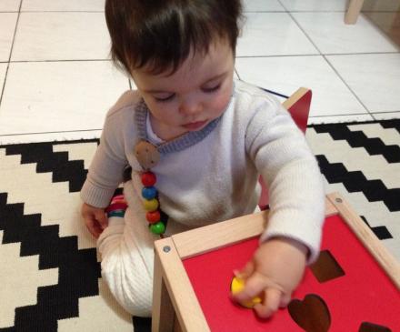 bébé boîte à formes