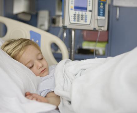 Petit enfant hospitalisé