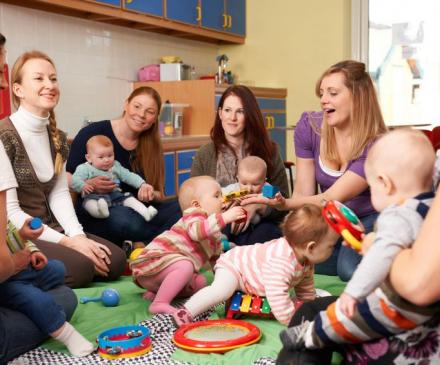 assistantes maternelles et bébés  dans RAM